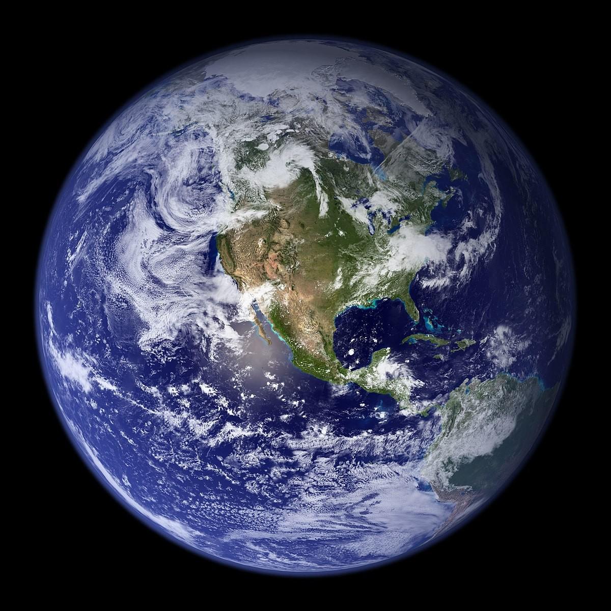 Планета Земля. Автор: NASA Goddard Space Flight Center Image by Reto Stöckl