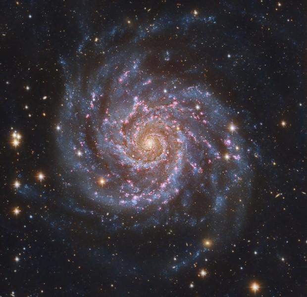Галактика M74