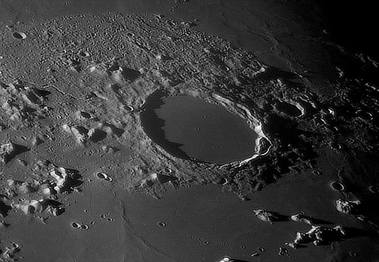 Луна онлайн - смотрим в телескоп в реальном времени